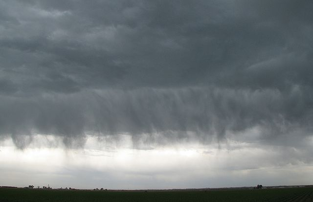11jun2014 virga crop 2K.JPG